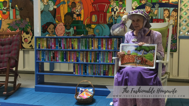 Mother Goose reading Humpty Dumpty to the kids!