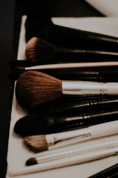 10 Tips And Tricks of Smooth and Flawless Makeup